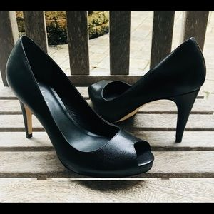 NEW! Cole Haan/Nike Air black leather peep toe